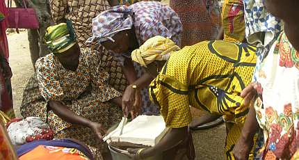 Soy tofu = income for women + better nutrition for Nigerians